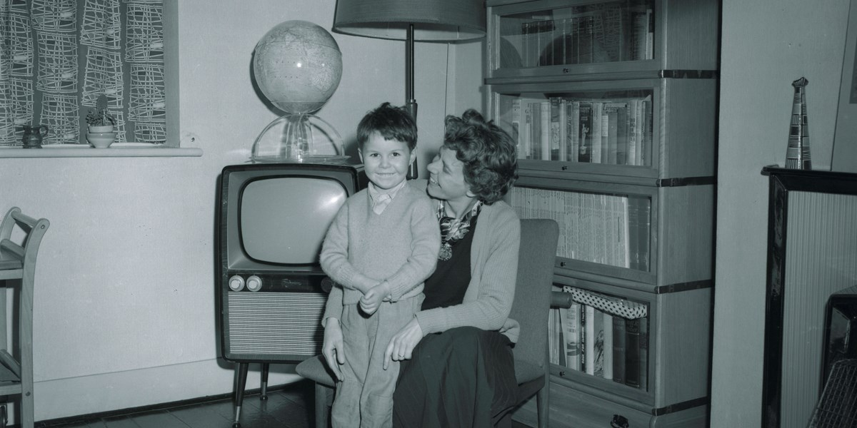 Alistair Freeborn and his mother in Kent, 1962. Object number  36/2013-21
